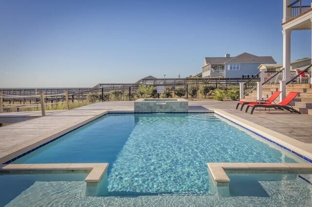 Acqua piscina verde - pulizia per la tua piscina - pulire l'acqua della piscina