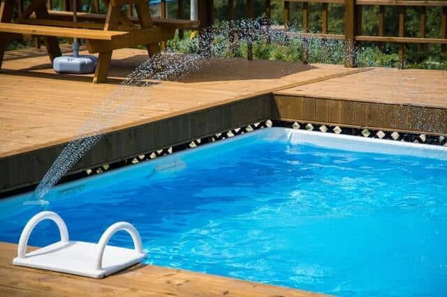 Siamo i professionisti della piscina - Acqua Pul Piscine