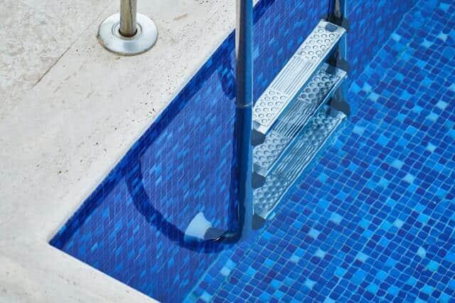 Manutenzione della piscina durante l'inverno – Manutenzione invernale piscine - Acqua Pul Piscine